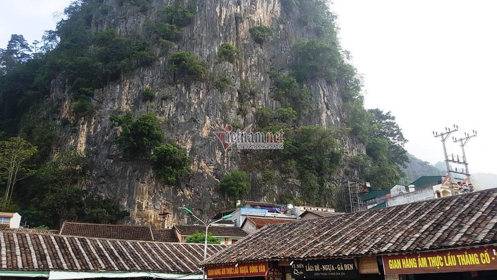 Hà Giang: Thang máy 102 tầng giữa phố cổ Đồng Văn-1