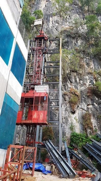 Hà Giang: Thang máy 102 tầng giữa phố cổ Đồng Văn-2