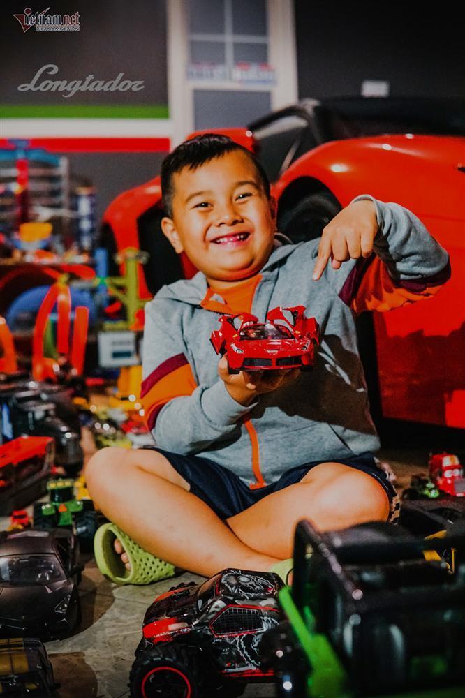 Cậu bé người Việt sở hữu 7.000 siêu xe gần tỷ đồng-4