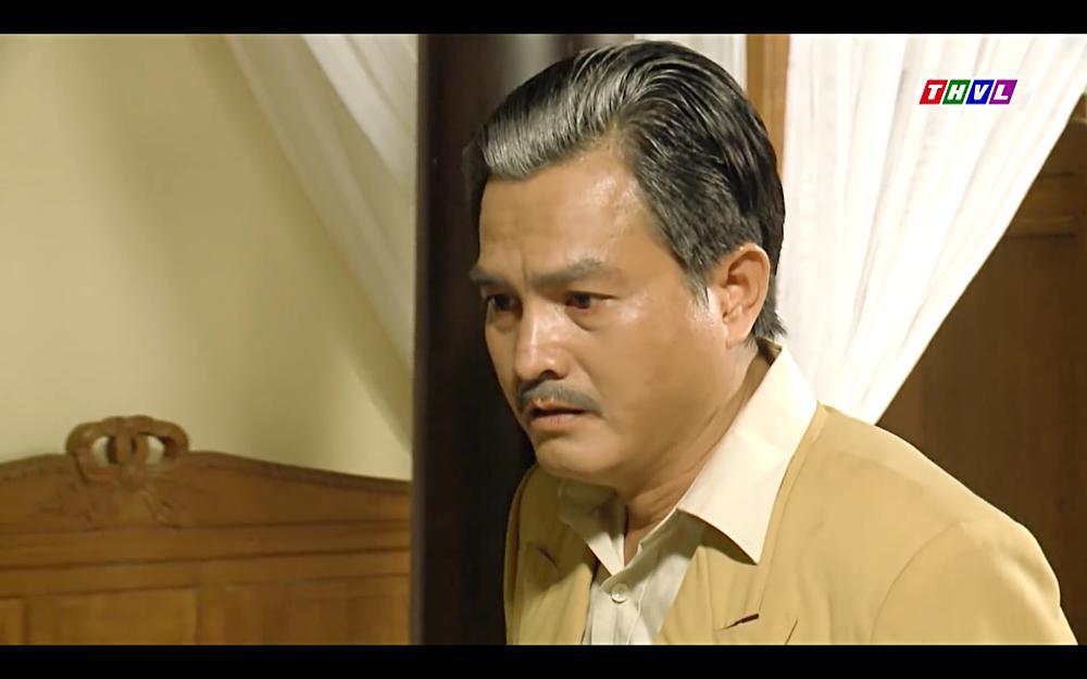 Nhật Kim Anh khóc cạn nước mắt khi thấy bài vị mình trên bàn thờ trong tập 37 Tiếng Sét Trong Mưa-11