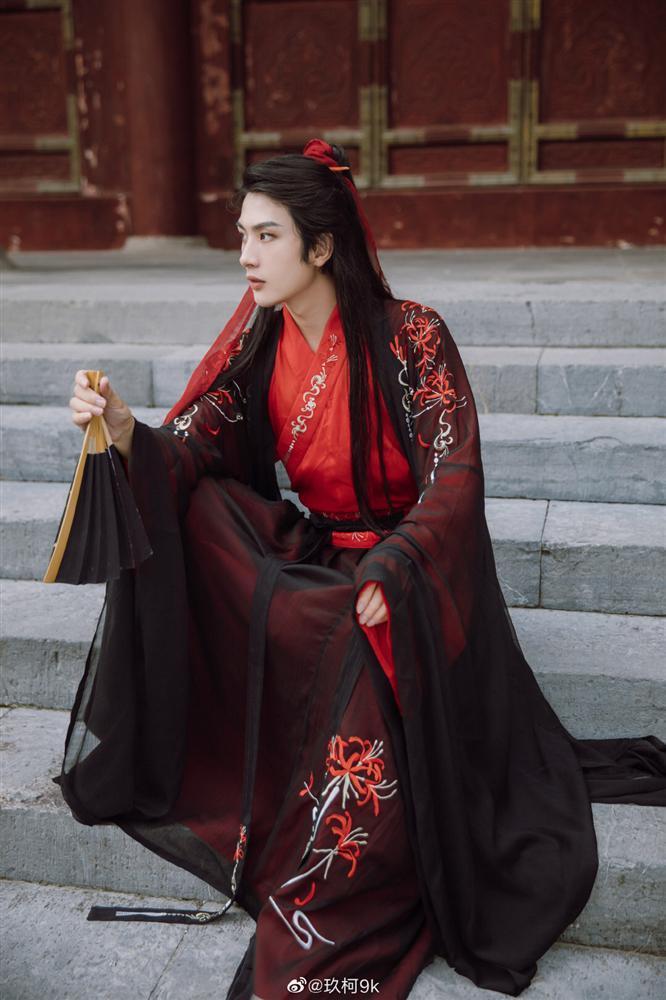 Netizen náo loạn vì diễn viên đóng thế điển trai lấn át cả Vương Nhất Bác-4