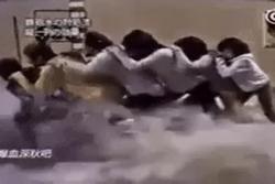 Học người Nhật bí kíp sinh tồn - không lo bị cuốn trôi khi gặp lũ quét