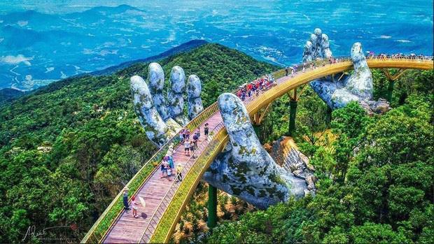 HOT: Cầu Vàng Đà Nẵng được MXH Instagram lăng xê trên tài khoản chính thức hơn 300 triệu lượt theo dõi, du khách toàn cầu tung hô hết lời!-5