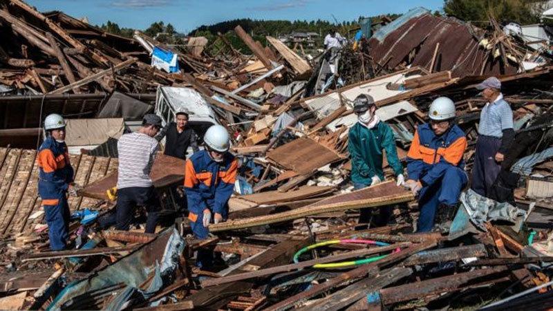 Cảnh tàn phá khủng khiếp siêu bão tím bầm trời gây ra ở Nhật-1