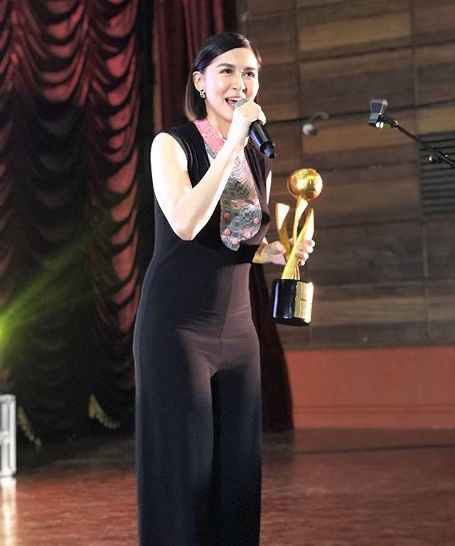Sau 6 tháng lâm bồn, vóc dáng của mỹ nhân đẹp nhất Philippines vẫn thẳng đuột không đường cong-2