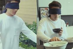 Isaac sống như người khiếm thị ở nhà của mình để vào vai trong phim
