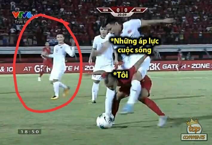 Lan truyền tình huống nhà bao việc nhưng cầu thủ Indonesia vẫn phải cõng Văn Hậu chơi bóng-2