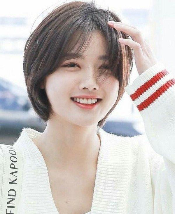 Cắt phăng mái tóc dài đã gắn bó nhiều năm, Lâm Vỹ Dạ khiến fans suýt không nhận ra-9