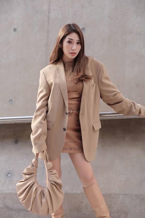 Sau khi chia tay Ngô Kiến Huy, Khổng Tú Quỳnh tái xuất chất lừ ở Seoul Fashion Week 2019-4