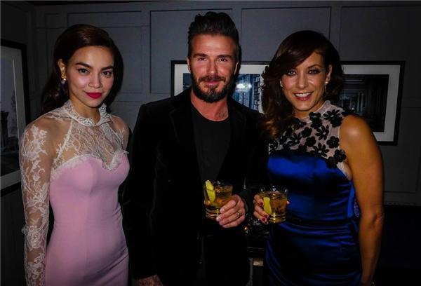 Đứng chung khung hình với Victoria Beckham, nhan sắc Hồ Ngọc Hà được đánh giá ra sao?-12
