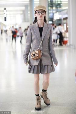 Ngô Cẩn Ngôn bỗng lùn một mẩu vì mắc lỗi thời trang sai quá sai