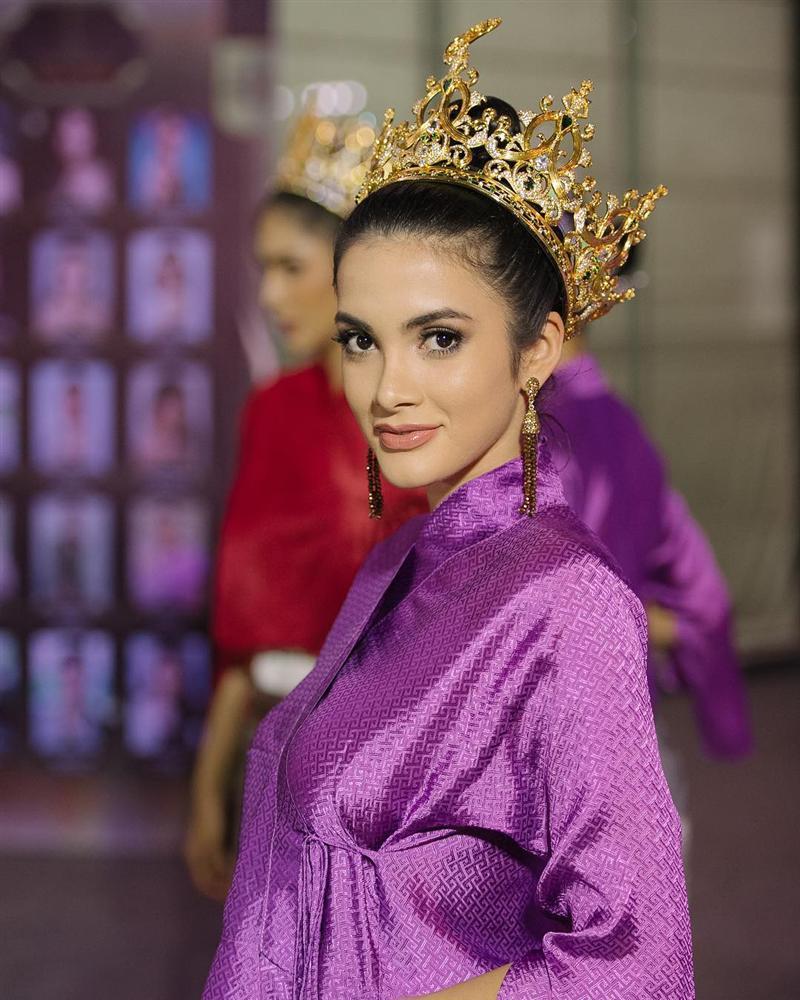 Vương miện Miss Grand International 2019 trị giá 12 tỷ đồng mà vẫn bị chê xấu-6