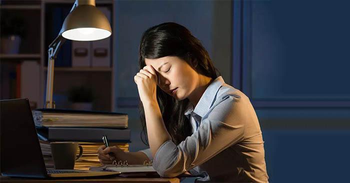 Tuổi trung niên tuyệt đối tránh việc này khi ngủ, điều đầu tiên dễ khiến gia đạo bất an-1