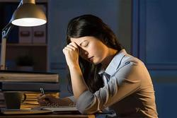 Tuổi trung niên tuyệt đối tránh việc này khi ngủ, điều đầu tiên dễ khiến gia đạo bất an