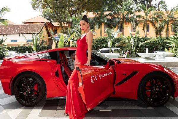 Ninh Dương Lan Ngọc, Jun Vũ xuất hiện sang chảnh bên dàn siêu xe 200 tỷ đồng-9