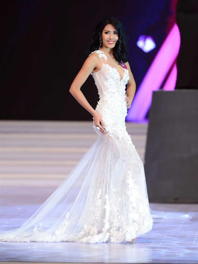 Top 5 Hoa hậu Hoàn vũ Việt Nam 2015: Người chiến thắng từ bỏ hào quang, kẻ bại trận lạc trôi giữa showbiz-12