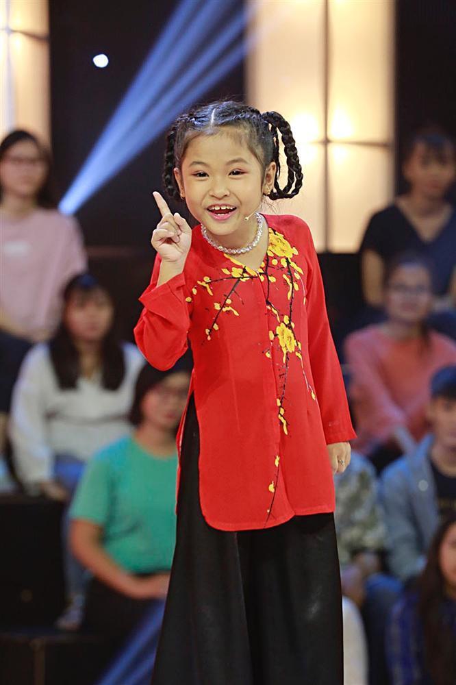 Cô bé 7 tuổi rinh về giải thưởng lớn khi mắng Ngô Kiến Huy xối xả tại Thách Thức Danh Hài-6