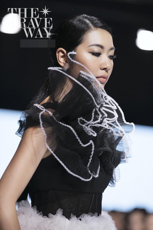 Liên tục bị chê catwalk, Thúy Vân vẫn được kỳ vọng lọt top 45 Hoa hậu Hoàn vũ Việt Nam 2019-1