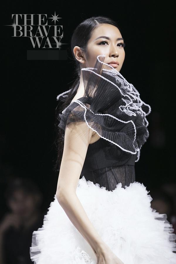 Liên tục bị chê catwalk, Thúy Vân vẫn được kỳ vọng lọt top 45 Hoa hậu Hoàn vũ Việt Nam 2019-2