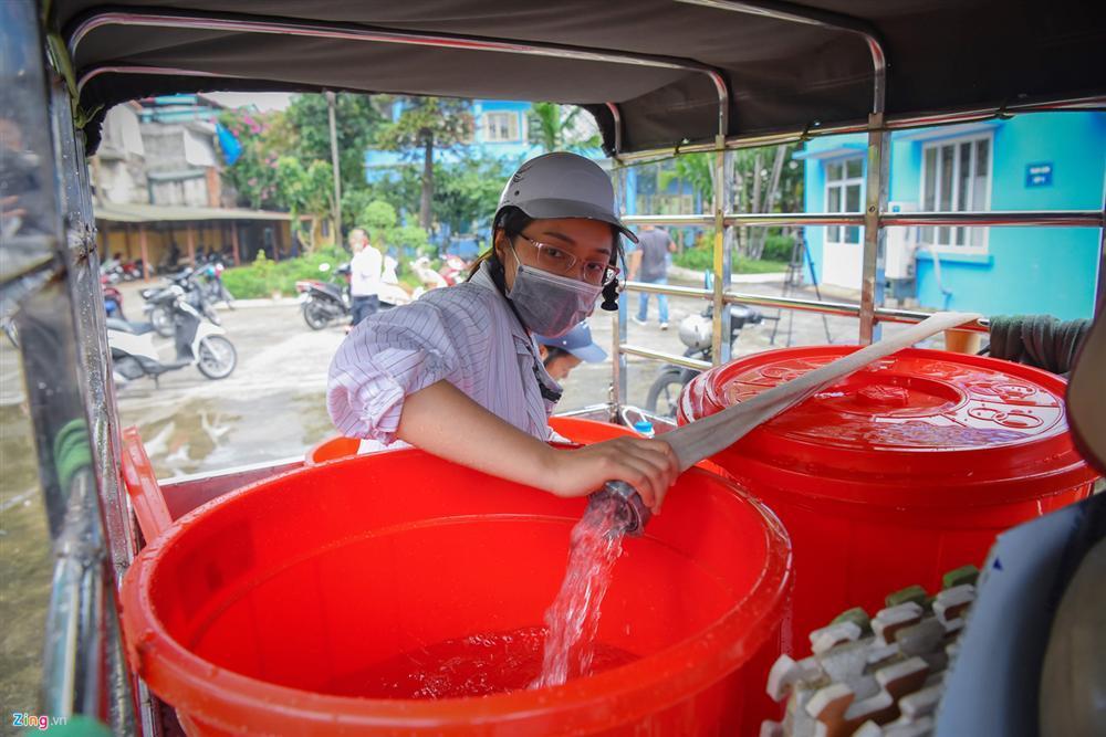 Cuộc sống người Hà Nội đảo lộn trong cơn khủng hoảng nước-2
