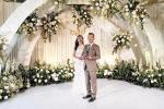 Thấy hóa đơn đám cưới quá lớn, chú rể cao chạy xa bay ngay giữa tiệc cưới
