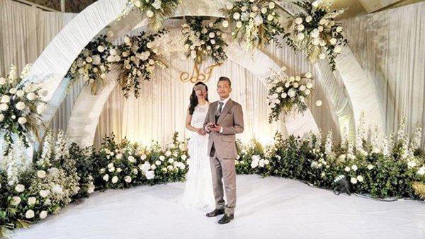 Thấy hóa đơn đám cưới quá lớn, chú rể cao chạy xa bay ngay giữa tiệc cưới-2