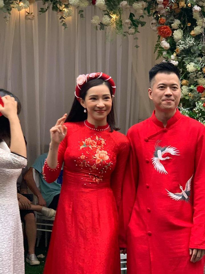 24 giờ xào xáo của showbiz Việt: Người vui cười kết tóc phu thê, kẻ ngậm ngùi tiễn đưa hạnh phúc-3