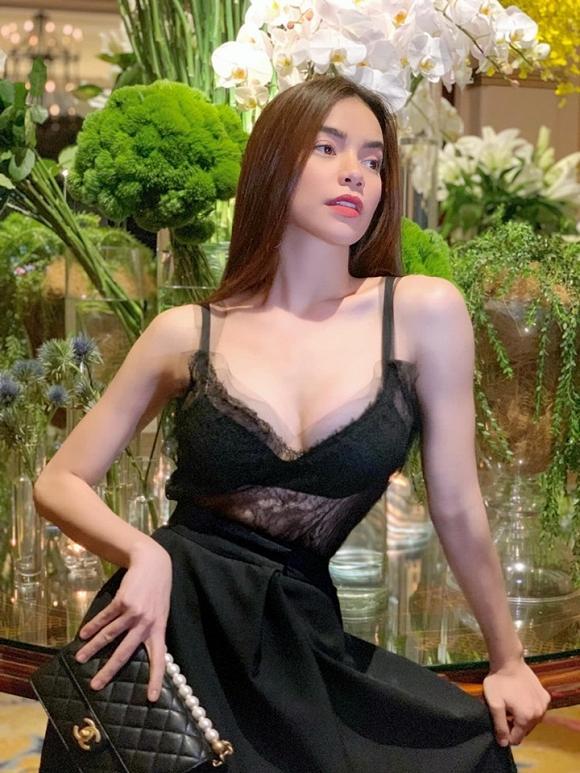 Hồ Ngọc Hà phản ứng gì khi được khen khí chất ngang hàng biểu tượng thời trang thế giới Victoria Beckham?-5