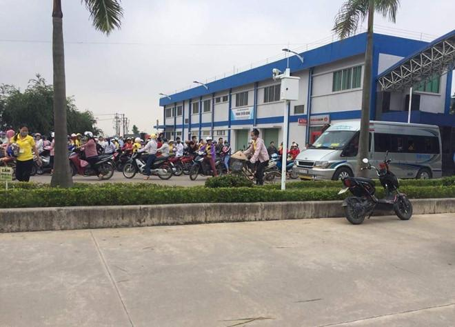Lại thêm gần 40 công nhân nghi bị ngộ độc khí tại công ty sản xuất giày da ở Nam Định-1