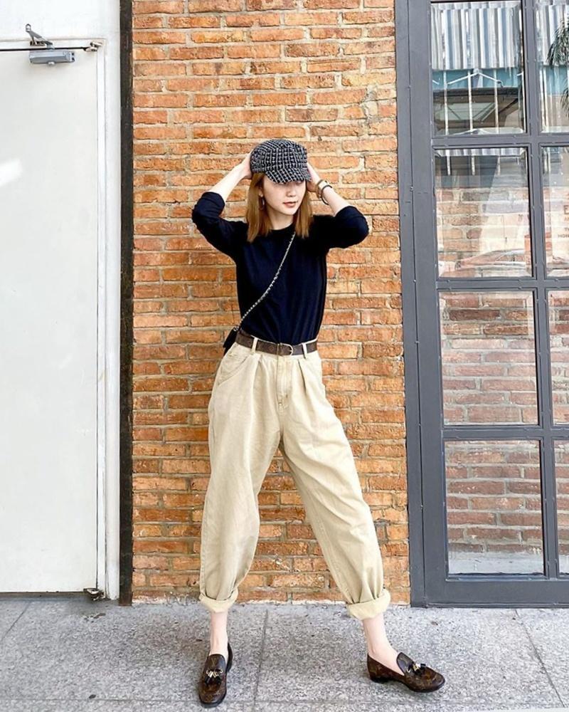 Trước ngày lên xe hoa, Đông Nhi khoe street style chất như nữ tổng tài - Thanh Hằng pose dáng gây chú ý-9