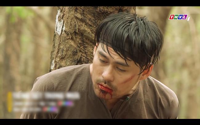 Cao Minh Đạt tra tấn chính con trai mình trong tập 41 Tiếng Sét Trong Mưa-6