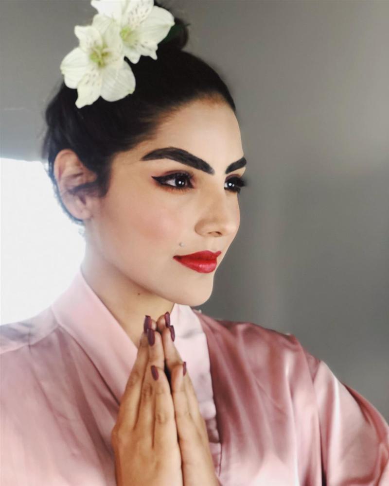 Bản tin Hoa hậu Hoàn vũ 18/10: Catriona bị váy phản, HHen Niê thắng đậm phong cách thời trang-8