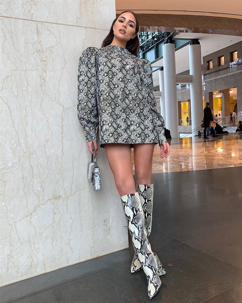 Bản tin Hoa hậu Hoàn vũ 18/10: Catriona bị váy phản, HHen Niê thắng đậm phong cách thời trang-4