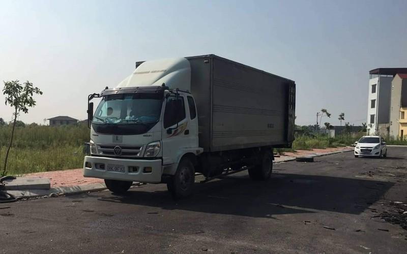 Truy bắt đối tượng còn lại trong vụ đổ đầu thải vào nguồn nước sông Đà-1