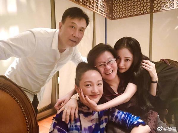Dương Mịch đăng ảnh chúc sinh nhật Châu Tấn xóa tin bất hòa-1
