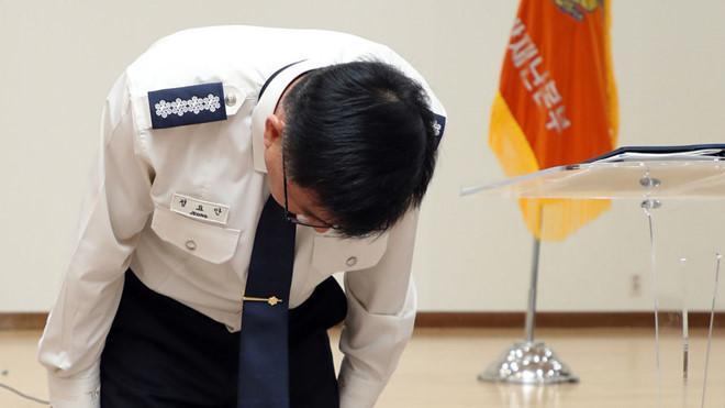 Cách chức 2 cảnh sát để lộ tin Sulli treo cổ tự sát ở nhà riêng-1