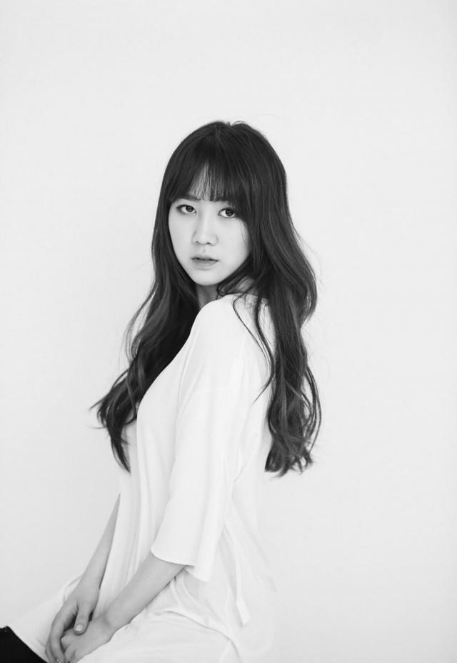 Park Jimin (cựu thành viên 15&) gây choáng với vòng 1 khủng sau khi rời JYP-5