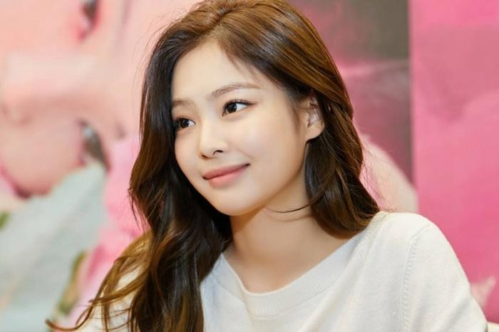 Jennie (BlackPink) vô cớ trở thành mục tiêu chỉ trích sau sự ra đi của Sulli, netizen bất bình lên tiếng-4