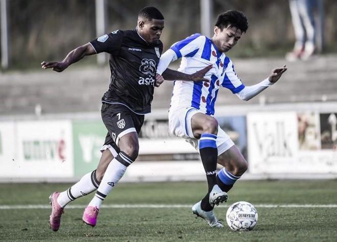 Đồng đội ở SC Heerenveen: Chúng tôi rất vui khi có Văn Hậu ở đây-3