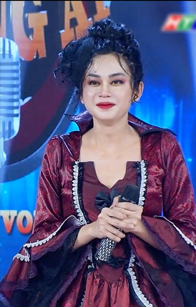 Khắc Việt rùng mình khi song ca cùng cô gái có giọng đàn ông-9