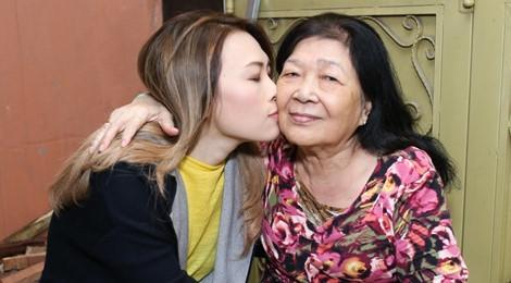 Rũ hết hào quang lấp lánh, Mỹ Tâm - Nhã Phương - HHen Niê chỉ muốn làm đứa con bé bỏng bên người phụ nữ của cuộc đời-4