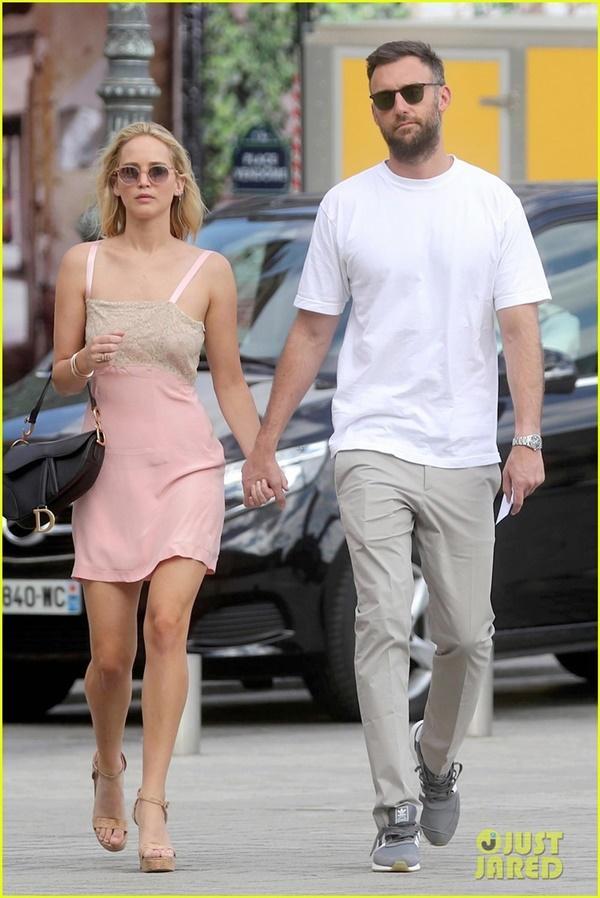 Jennifer Lawrence kết hôn với bạn trai sau hơn 1 năm hẹn hò-1