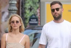 Jennifer Lawrence kết hôn với bạn trai sau hơn 1 năm hẹn hò