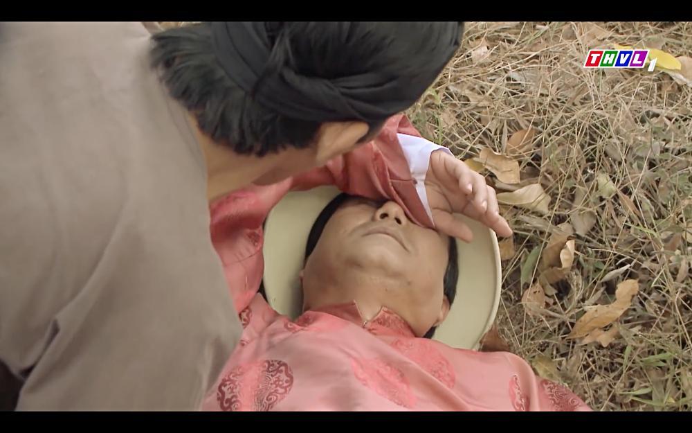 Cao Thái Hà bỏ thuốc mê rồi lột đồ đàn ông đã có vợ trong tập 42 Tiếng Sét Trong Mưa-7