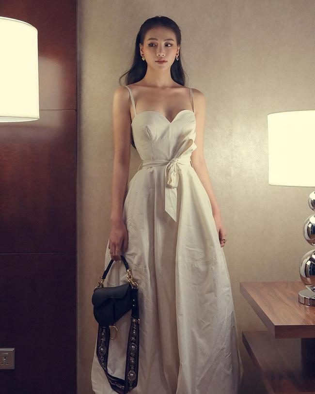 Đây là lỗi thời trang không đáng, váy đẹp biết bao cũng trở nên xấu xí mà sao Việt hay mắc phải-3