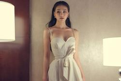 Đây là lỗi thời trang không đáng, váy đẹp biết bao cũng trở nên xấu xí mà sao Việt hay mắc phải