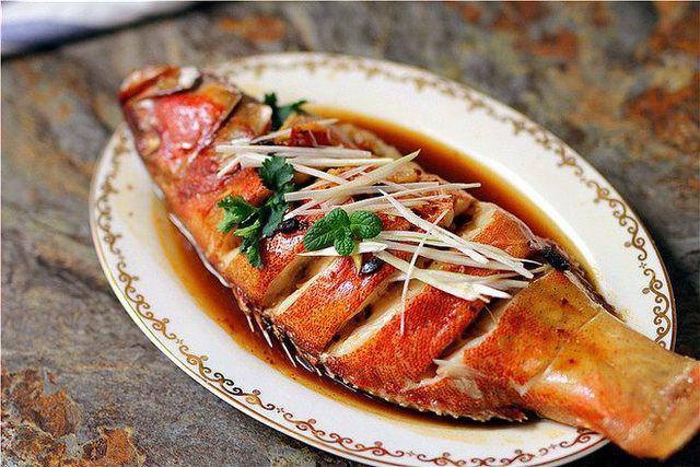 Làm cá hấp mà bị tanh chắc hẳn bạn đã thiếu bước này, thêm đủ bước cá sẽ thơm lừng-6