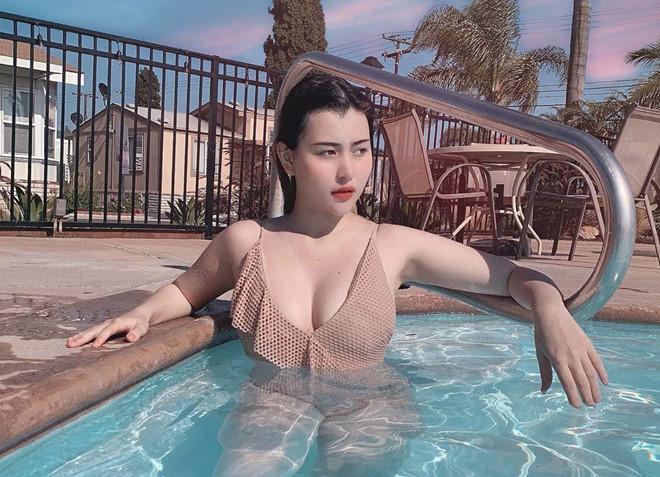 Các hotgirl em chưa 18 nổi đình đám trên mạng xã hội-5