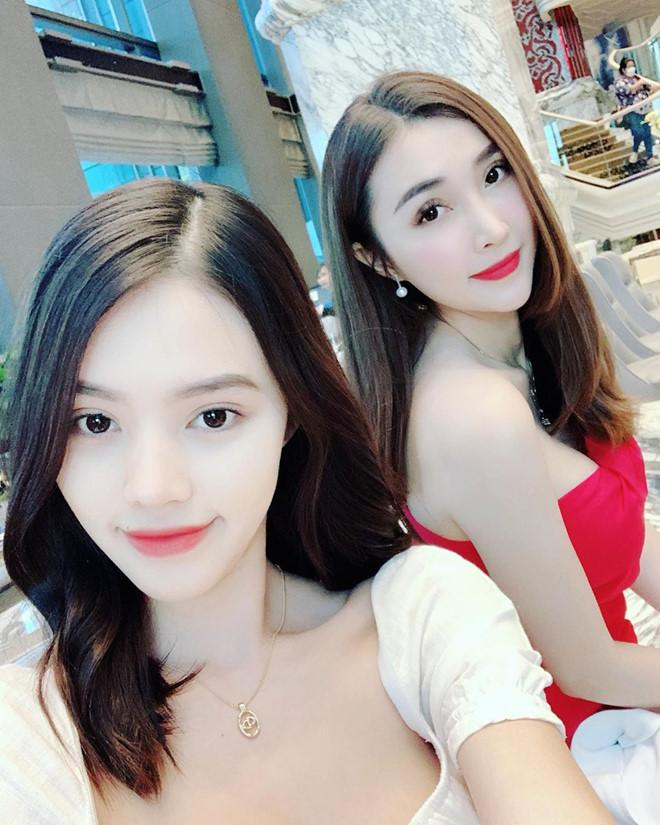 Điểm mặt hội bạn thân toàn hot girl của rich kid Jolie Nguyễn-4