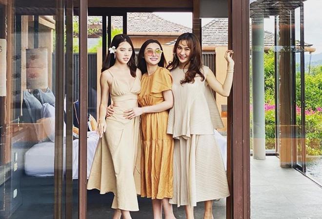 Điểm mặt hội bạn thân toàn hot girl của rich kid Jolie Nguyễn-6